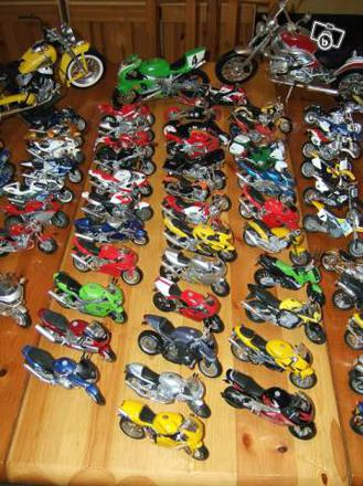 collection de moto miniature
