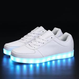 baskets lumineuses fille