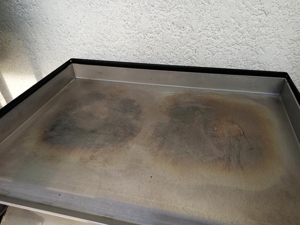 entretien plancha inox
