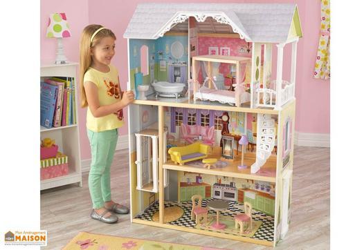 grande maison de poupée