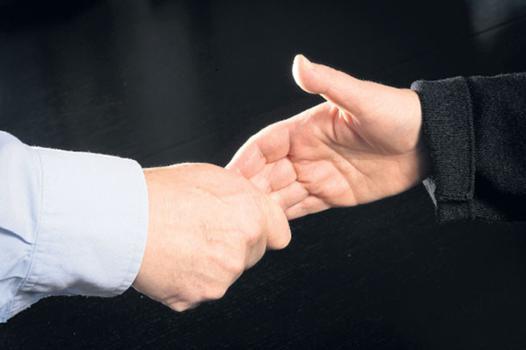 poignée de main sensuelle